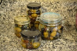 Gift of Roasted Olives_small