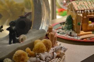 Tasso and the gingerbread house_small
