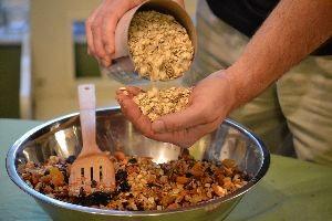 adding the Quaker oats_small