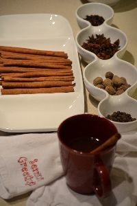 wine and cider punch with spices_small