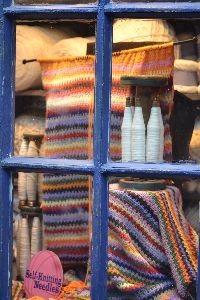 The knitting hooks_small