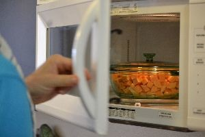 softening the sweet potatoes in the microwave_small