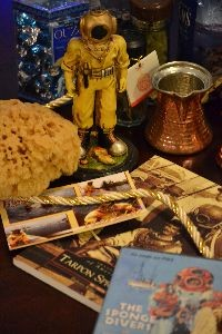 sponge diving history dvd and book and sponge_small