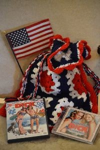 Crocheted Tote from 70s_small
