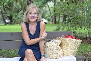 Julie basket lunch park_small