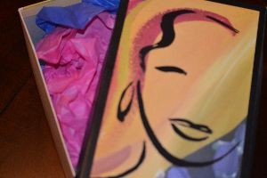 shoebox filled with tissue paper_small