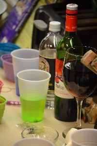 even using wine to color eggs_small