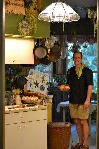 Gordon in the kitchen_small