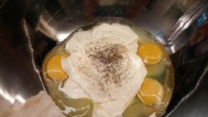 eggs-mayo-and-freshly-ground-black-pepper_small