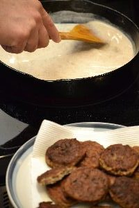 sausages gravy for our biscuits_small