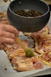 23-adding-the-marinade-to-the-other-side_small