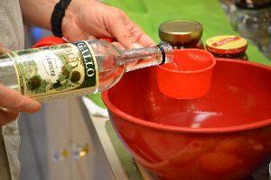 9 adding the vermouth_small
