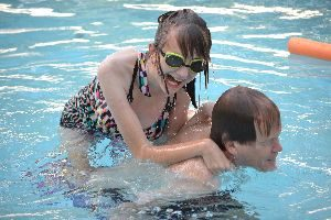 deanna and dean in the pool_small