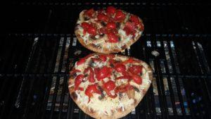 naan pizzas 1